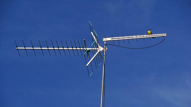Antena externa Yagi UDA